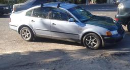 Volkswagen Passat 1998 года за 1 500 000 тг. в Талдыкорган – фото 4