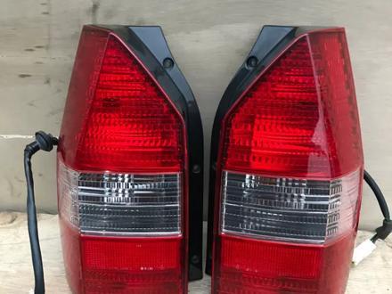 Задний фонарь левый, правый на Mitsubishi Chariot Grandis за 15 000 тг. в Алматы