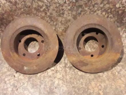Диски тормозные задние на Mazda Xedos 6, Cronos (1995 год)… за 6 000 тг. в Караганда – фото 2