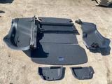 Обшивка багажника на Тойота Авенсис универсал AZT250 2003-2008 за 50 000 тг. в Алматы
