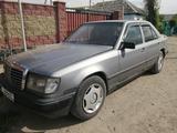 Mercedes-Benz E 260 1989 года за 1 150 000 тг. в Алматы – фото 4