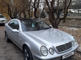 Mercedes-Benz CLK 320 1997 года за 2 700 000 тг. в Алматы