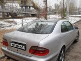 Mercedes-Benz CLK 320 1997 года за 2 700 000 тг. в Алматы – фото 2