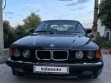 BMW 740 1993 года за 3 200 000 тг. в Алматы – фото 2