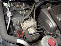 Блок ABS Honda CRV RD7 за 777 тг. в Усть-Каменогорск