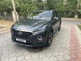 Hyundai Santa Fe 2019 года за 14 550 000 тг. в Алматы