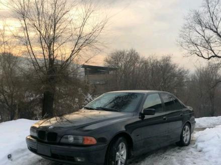 BMW 528 2000 года за 2 500 000 тг. в Алматы