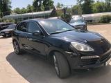 Porsche Cayenne 2012 года за 10 800 000 тг. в Алматы – фото 2
