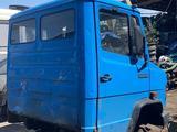 Мерседес D609 709 кабина с Европы в Караганда
