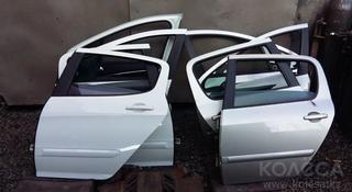 Двери Peugeot 307 за 20 000 тг. в Алматы