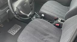 ВАЗ (Lada) Priora 2170 (седан) 2013 года за 2 000 000 тг. в Атырау – фото 4