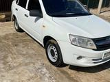 ВАЗ (Lada) Granta 2190 (седан) 2013 года за 2 000 000 тг. в Атырау – фото 2