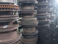 Nissan серийно тормозные диски бу оригинал за 7 500 тг. в Алматы