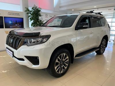 Toyota Land Cruiser Prado Prestige 4.0 2021 года за 32 950 000 тг. в Нур-Султан (Астана)