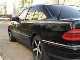 Mercedes-Benz E 320 1996 года за 2 000 000 тг. в Алматы – фото 3