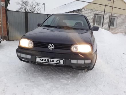 Volkswagen Golf 1995 года за 1 300 000 тг. в Уральск – фото 2