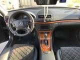 Mercedes-Benz E 200 2009 года за 5 000 000 тг. в Актау – фото 4