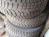 Зимние шины за 130 000 тг. в Жезказган