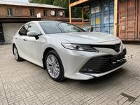 Toyota Camry 2020 года за 14 950 000 тг. в Алматы