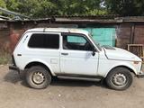 ВАЗ (Lada) 2121 Нива 2000 года за 500 000 тг. в Уральск – фото 2