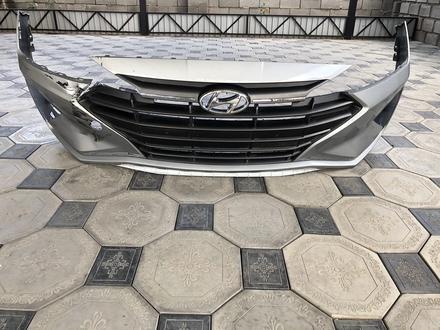 Решётка радиатора за 110 000 тг. в Алматы