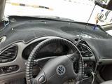 Volkswagen Sharan 2000 года за 2 300 000 тг. в Актобе – фото 5