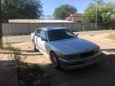 BMW 740 1999 года за 3 000 000 тг. в Алматы – фото 2