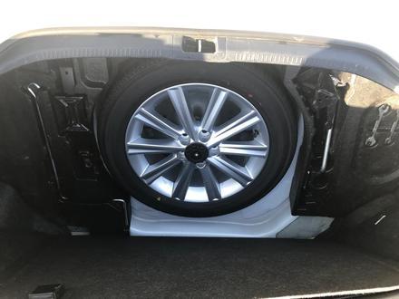 Toyota Camry 2014 года за 9 000 000 тг. в Атырау – фото 9