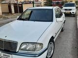Mercedes-Benz C 180 1998 года за 1 000 000 тг. в Атырау – фото 5