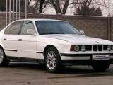 BMW 520 1992 года за 1 590 000 тг. в Алматы – фото 3