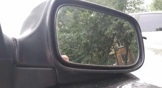 Зеркало правое за 8 000 тг. в Усть-Каменогорск