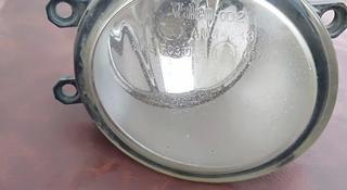 Противотуманка от Тойота Королла е150 2011 года за 12 000 тг. в Актобе