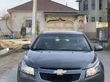 Chevrolet Cruze 2012 года за 3 800 000 тг. в Туркестан – фото 2