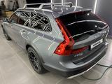 Volvo V90 2019 года за 25 300 000 тг. в Алматы – фото 3