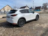 Mazda CX-5 2017 года за 11 500 000 тг. в Уральск – фото 2