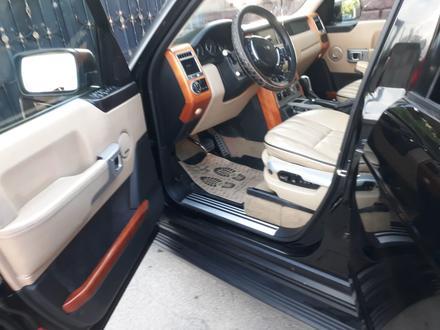 Land Rover Range Rover 2006 года за 6 100 000 тг. в Алматы – фото 8