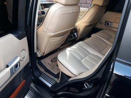 Land Rover Range Rover 2006 года за 6 100 000 тг. в Алматы – фото 9