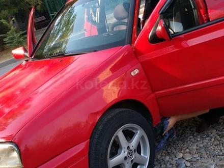 Volkswagen Golf 1996 года за 1 950 000 тг. в Шымкент – фото 4
