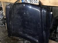 Капот на w210 за 30 000 тг. в Шымкент
