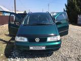 Volkswagen Sharan 1997 года за 1 300 000 тг. в Усть-Каменогорск