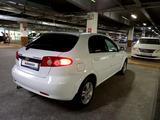 Chevrolet Lacetti 2012 года за 3 300 000 тг. в Алматы – фото 2