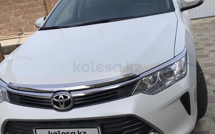 Toyota Camry 2016 года за 9 700 000 тг. в Атырау