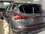 Hyundai Santa Fe 2021 года за 23 300 000 тг. в Караганда – фото 2
