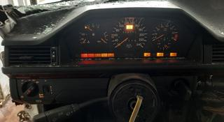 W124 щиток приборов фара вкл за 20 000 тг. в Алматы