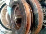 Шкив коленвала pajero 2.3 л 12 клапанный за 20 000 тг. в Алматы – фото 2