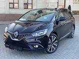 Renault Grand Scenic 2018 года за 12 900 000 тг. в Караганда