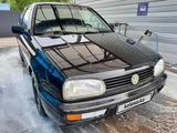 Volkswagen Golf 1994 года за 900 000 тг. в Алматы – фото 3
