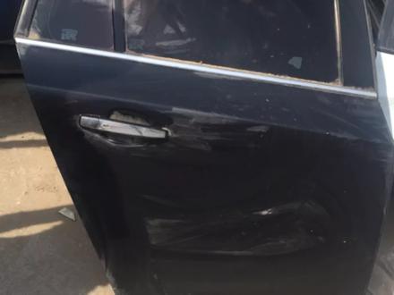 Дверь Chevrolet Cruze за 70 000 тг. в Алматы