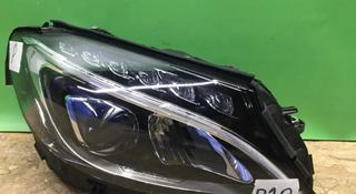 Фара правая Mercedes C class w205 ц205 c205 LED за 180 000 тг. в Нур-Султан (Астана)