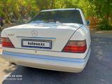 Mercedes-Benz E 280 1993 года за 1 950 000 тг. в Шымкент